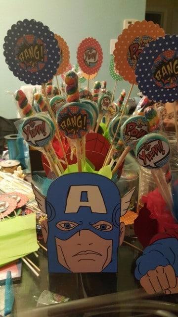 centros de mesa del capitan america con dulces