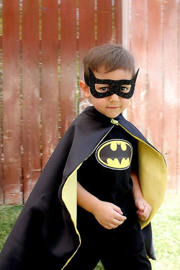 como hacer un disfraz de batman para niño